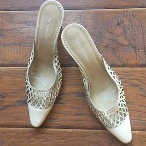Naturalized Strapless Back Heels - Size 10M